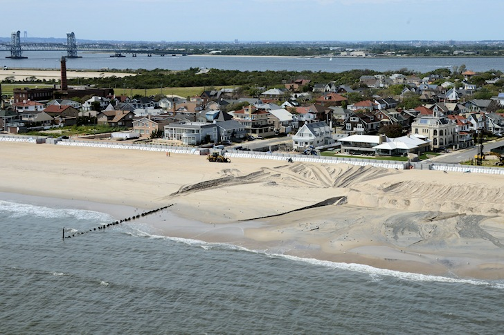 Rockaway Beach: no bodyboarding | Photo: New York District, U.S. Army Corps of Engineers