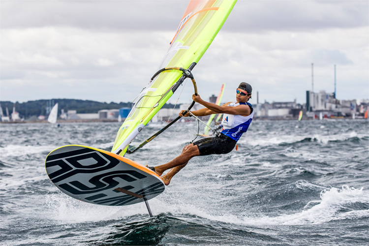 Class associations and windsurf manufacturers invited to submit equipment for Paris 2024