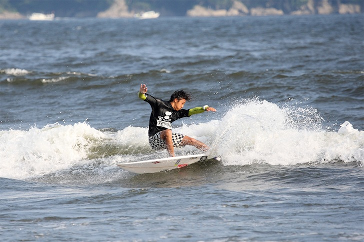 Ryota Matsushita: taking the most out of small waves