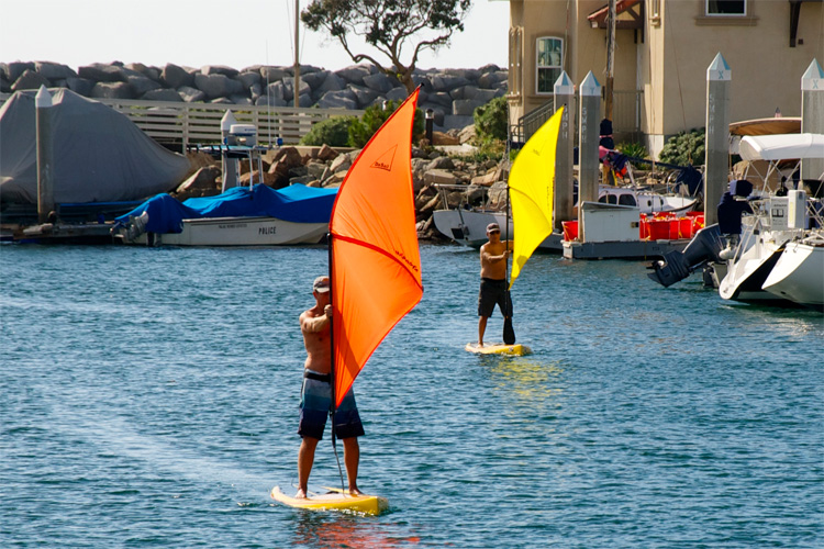 DaSail: SUP paddle that works as a windsurfing sail | Photo: Sailpaddle