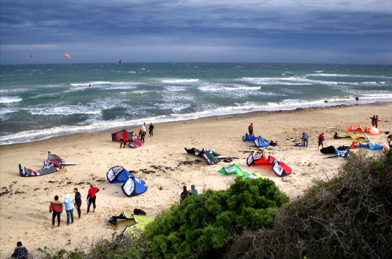 Kiteboarding in South Australia, grey skies and sunny sands