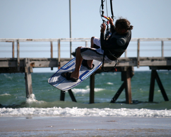 South Australian kitesurfers prepare for the 2009 State Wave Titles