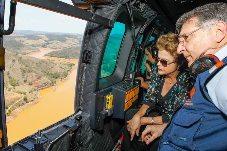The Samarco disaster: Brazilian President Dilma Rousseff flies over the Mariana region | Photo: Stuckert Filho