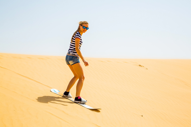 Sandboarding: ride the highest dunes in the world | Photo: Shutterstock