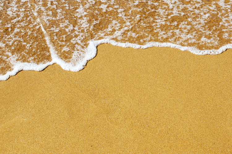 Sand: nature needs thousands of years to turn big rocks into tiny grains | Photo: