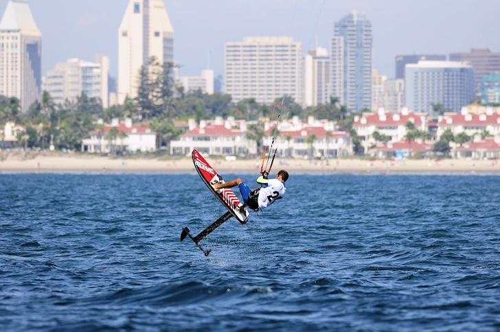 San Diego: kiteboard competitions take place in the region | Photo: San Diego Yacht Club/Bob Betancourt