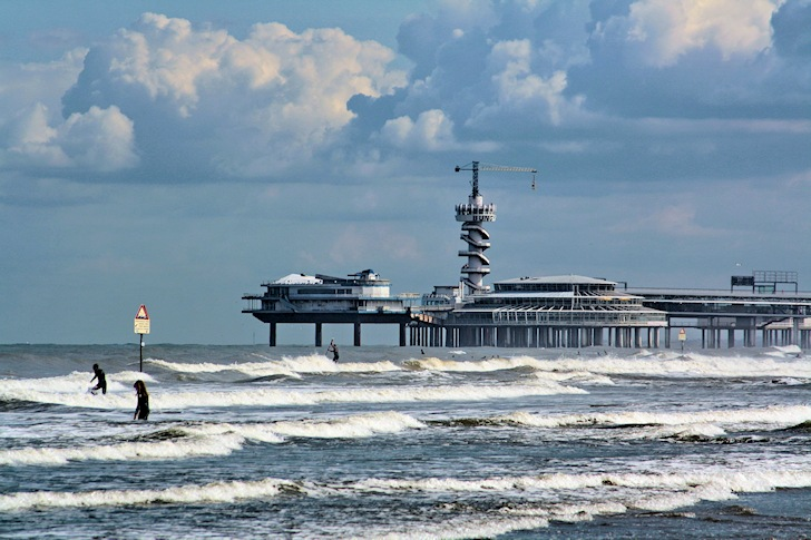 Scheveningen: the capital of surfing in the Netherlands