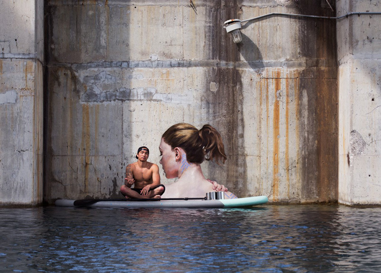 Sean Yoro: the stand up paddleboard artist | Photo: Hulaaa.com