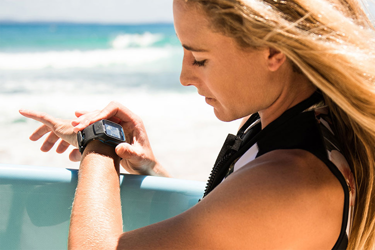 Rip Curl Search GPS 2: smaller, lighter, and more durable | Photo: Rip Curl