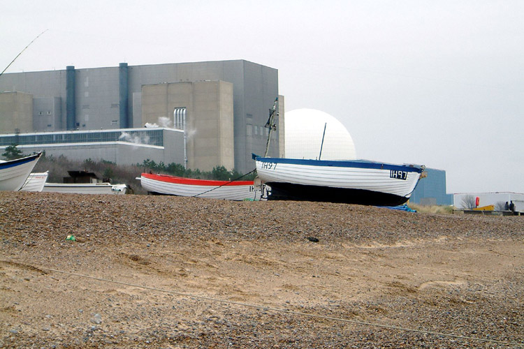 Sizewell B Nuclear Power Station: UK's only commercial pressurized water reactor | Photo: Martin Pettitt/Creative Commons
