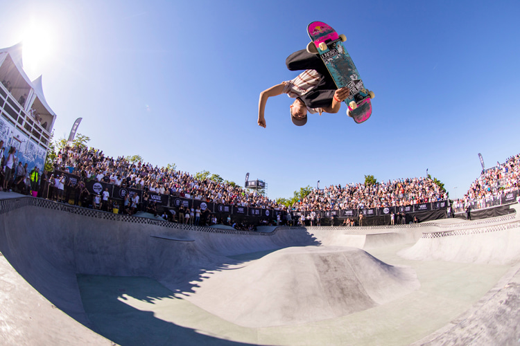 Miscellaneous Freestyle and Old School Tricks | Photo: Red Bull