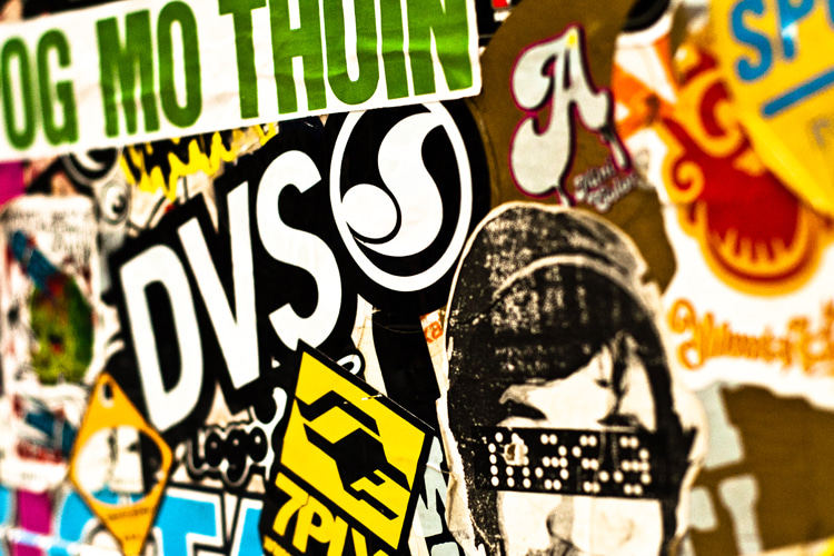 Skateboard stickers: alternative deck artwork | Photo: Creative Commons