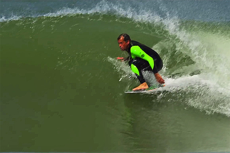 Tom Curren: riding a skimboard with S-Wings fin technology