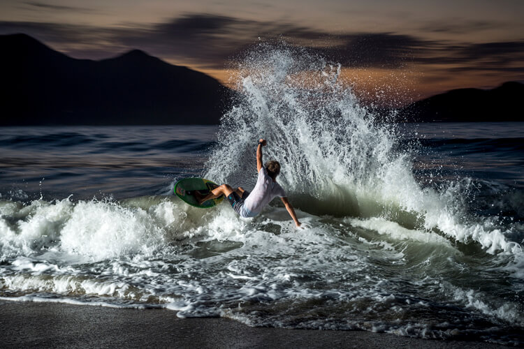 Wave Skimming: Start Running When You See A Wave Coming Before It Breaks |  Photo: Red Bull