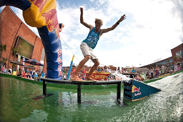 Red Bull Skim It 2014: riders at work | Photo: Red