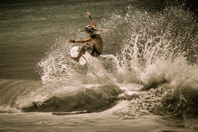 Skimboarding: the essence of the sport as captured by Dwight Mudry | Photo: Dwight Mudry