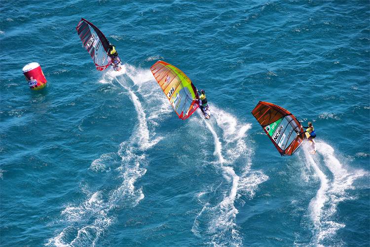 Slalom: one of the most popular disciplines in professional windsurfing | Photo: Carter/PWA