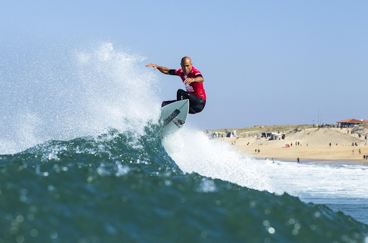 Kelly Slater: chasing Les Guardians | Photo: ASP/Poullenot