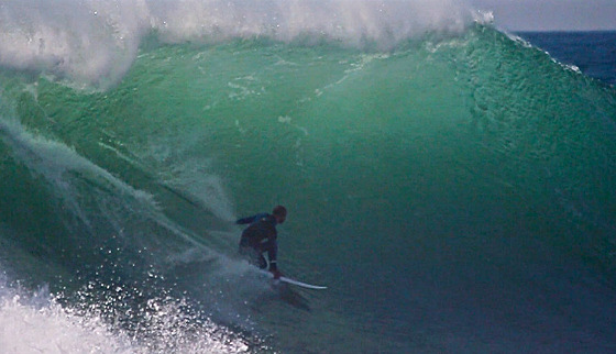 Kelly Slater: rail work at Praia do Norte, Nazare