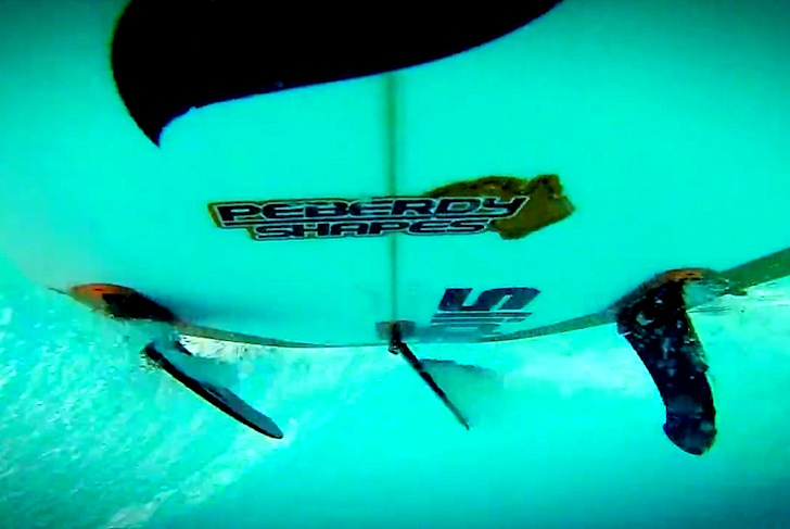 Slide Fins: flexible surfboard fins reduce drag