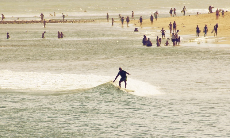Small waves: try new tricks, explore what you've got | Photo: Steven Straiton/Creative Commons