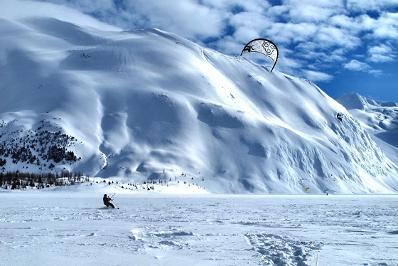 Alaska: the capital of snow kiteboarding