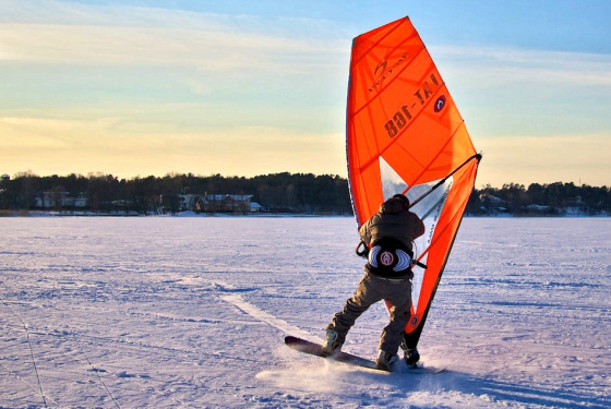 Snow windsurfing: a special snowboard by Krisjanis Tutans