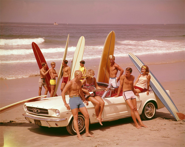 Surf music: the topics of the usually involved girls, cars, surf and fun times at the beach