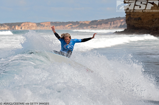 Stephanie Gilmore: power and style surfer