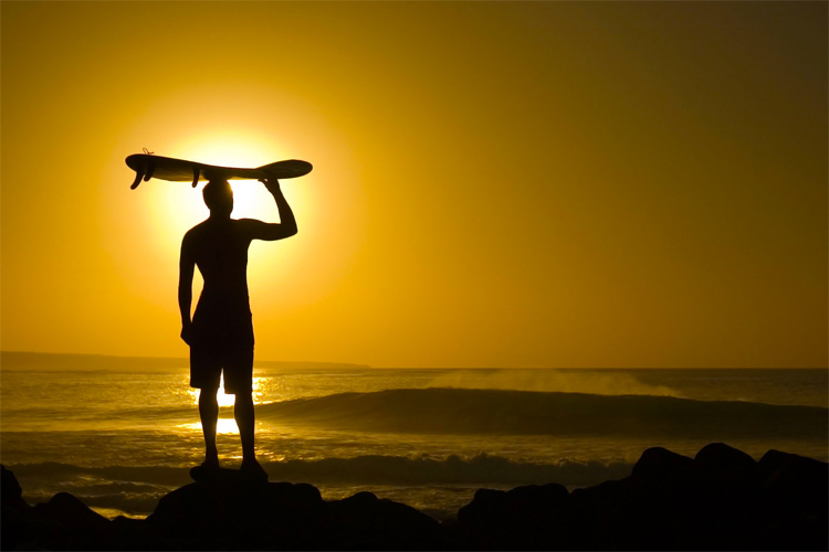 Sunscreen: protect your surfing skin