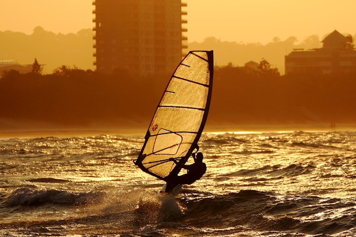 Windsurfing: get a a healthy New Year's resolution | Photo: texaus1/Creative Commons