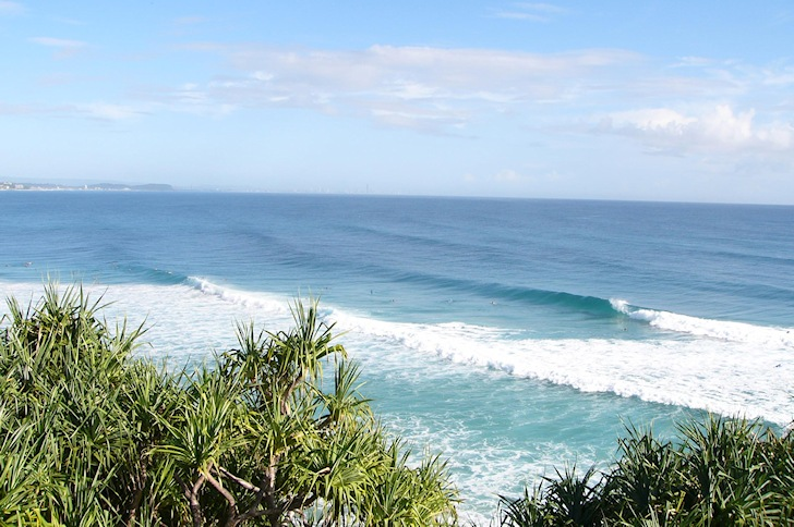 Superbank: linking Snapper Rocks to Kirra