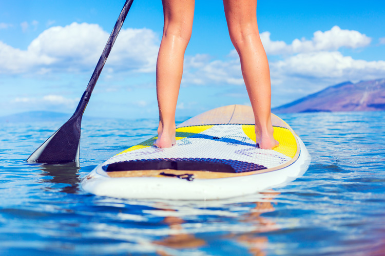SUP: learn how to navigate a straight line across the water | Photo: Shutterstock