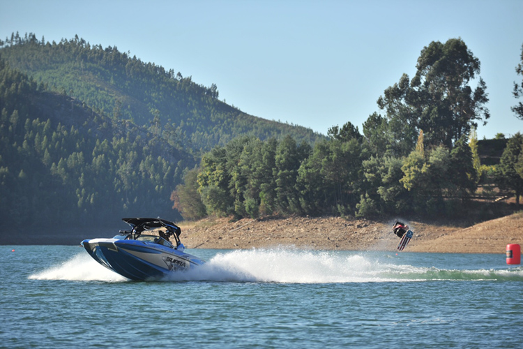 'Supra Boats Pro Wakeboard Tour: new venues for 2016   Photo: Supra Boats' from the web at 'http://www.surfertoday.com/images/stories/supraboatspwt.jpg'