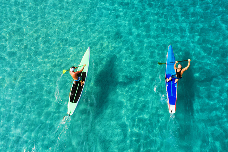 SUP Touring: exploring the world on a stand-up paddleboard | Photo: Shutterstock