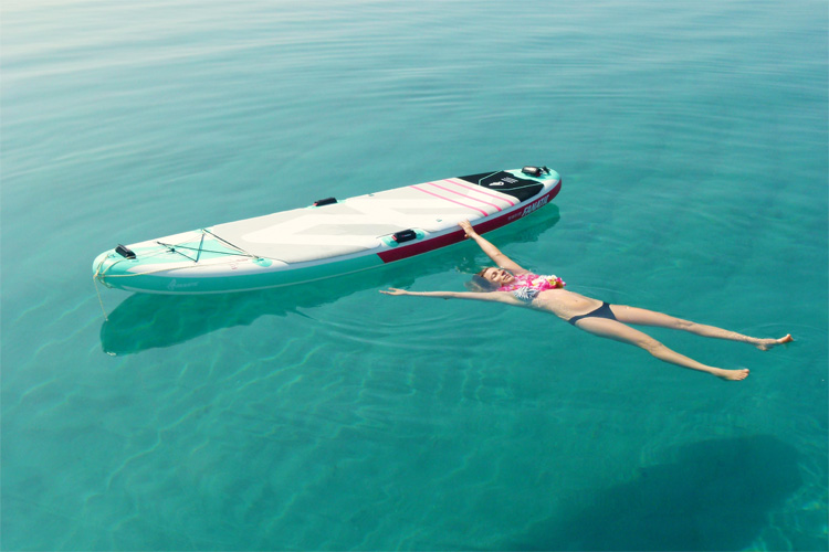 SUP Yoga: relax your mind and your body | Photo: Fanatic