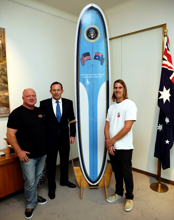 Surfboard One: Tonny Abbott welcomes the Bennett Surfboards team