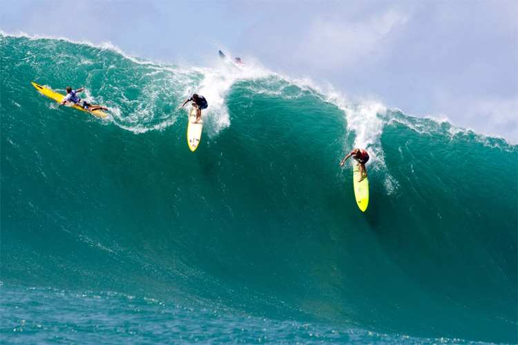 Surfboards: pearling is not an option in waves of consequence | Photo: WSL