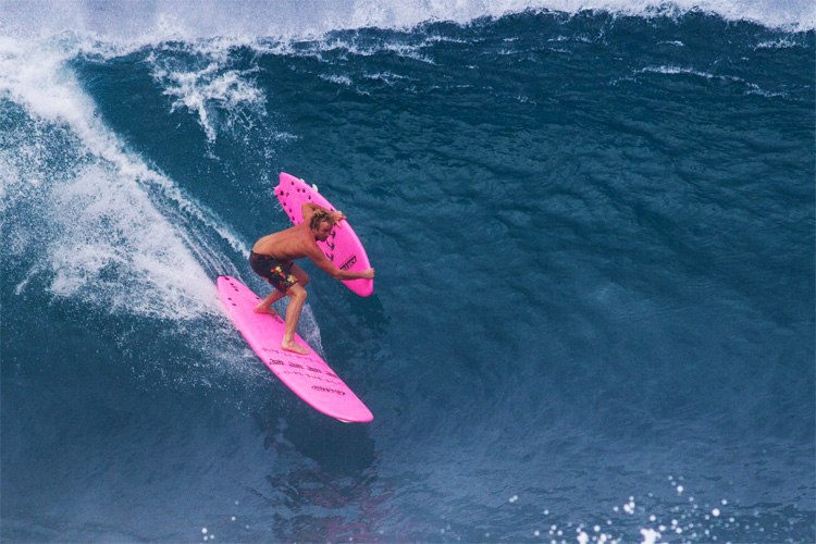 How to pull off a surfboard transfer into barrel
