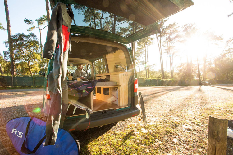 Surf van life: build the ultimate camper and travel the world in search of perfect surf | Photo: Van Tripper