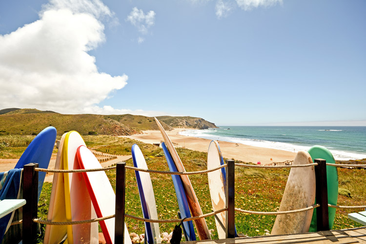 Surf camps: location is almost everything | Photo: Shutterstock