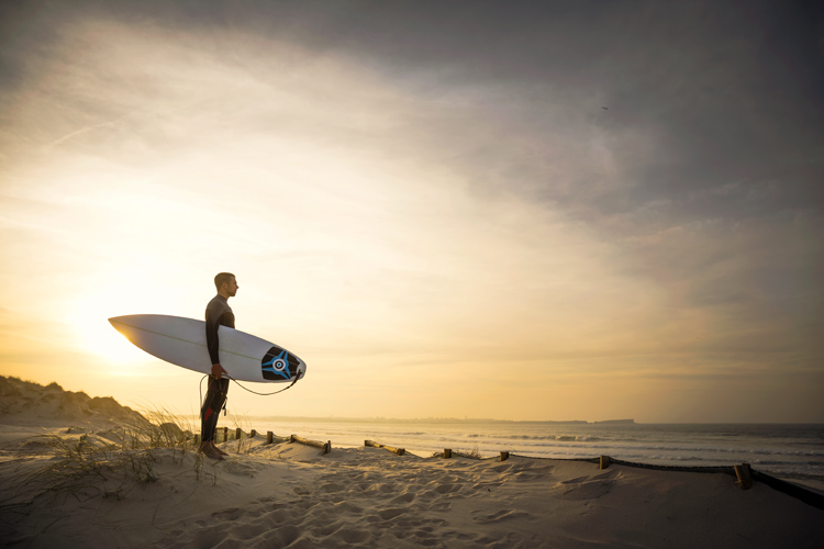 Surfing: dawn patrols produce unforgettable moments | Photo: BigStock