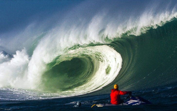 Surf doctors will debate medicine in extreme wave conditions