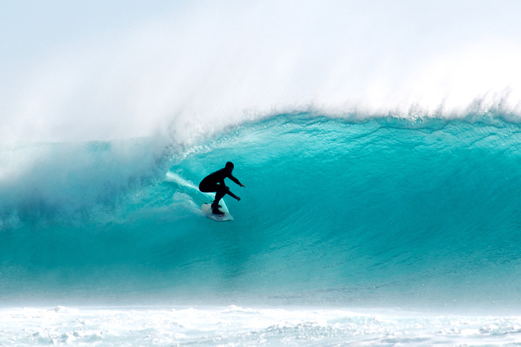 Surfing: have you got all the equipment you need? | Photo: Shutterstock