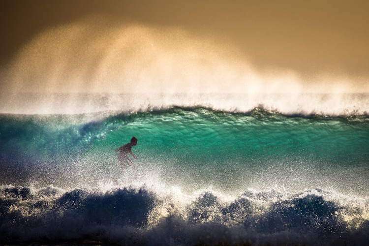 Surfing: a healing medicine for the soul | Photo: Shutterstock