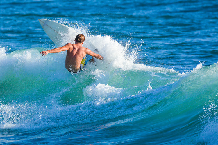 Surfing: muscle atrophy is a real concern for surfers | Photo: Shutterstock