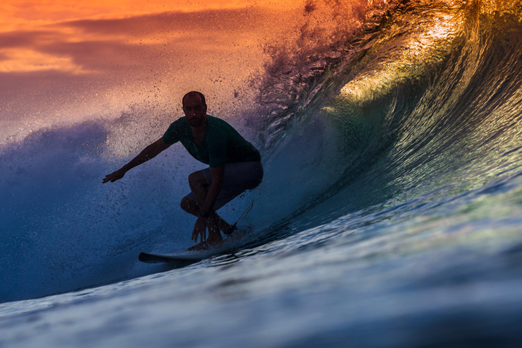 Surfing: a reflection on health and the ideal lifestyle