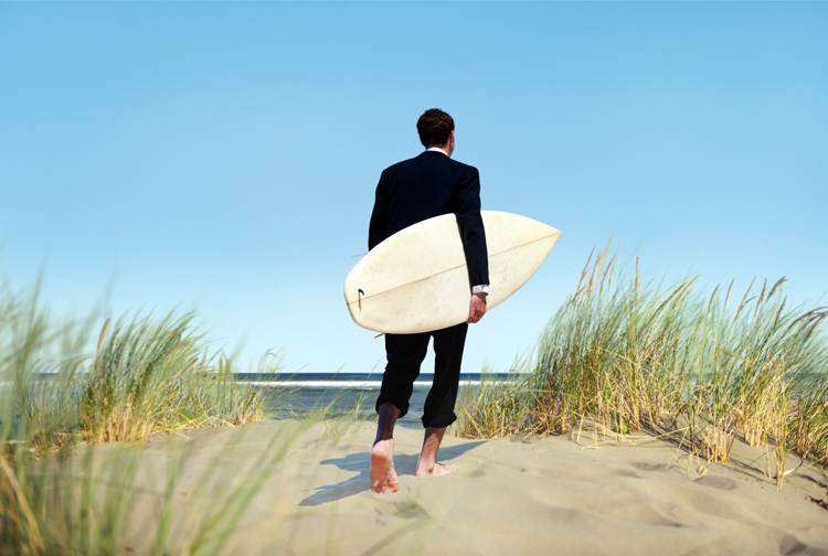 Surfing: if you're a CEO, swap your business suit for a wetsuit | Photo: Shutterstock