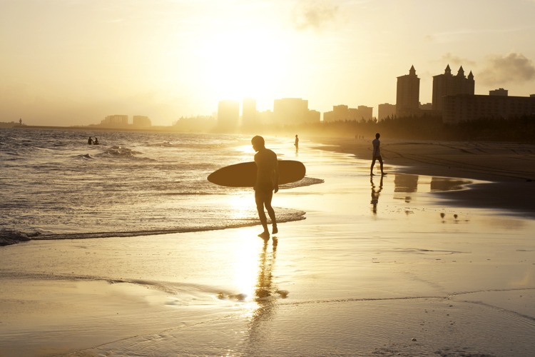 Surfing: an extremely accessible sport | Photo: Shutterstock