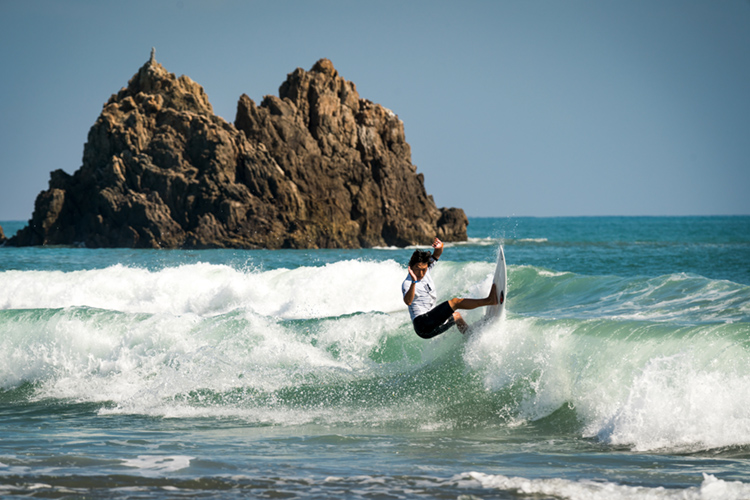 Japan: the Land of the Rising Sun has around two million recreational surfers | Photo: Evans/ISA